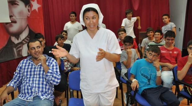 Erkek Yetiştirme Yurdu tiyatro okulu gibi çalışıyor