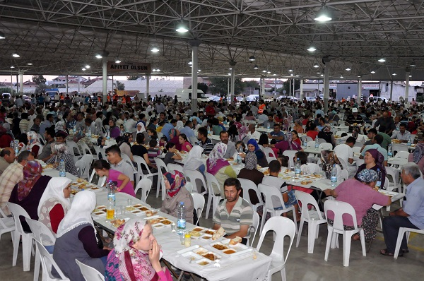 Fethiye Belediyesi 41 mahallede iftar verecek