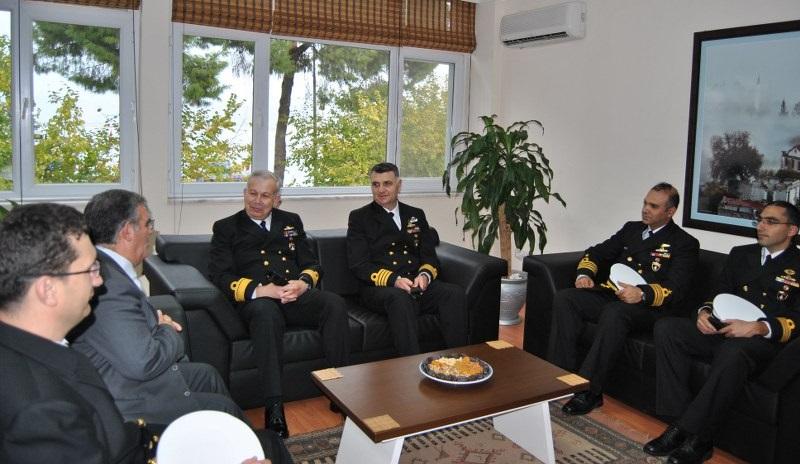 Türk Denizciler Körfez'e demir attı