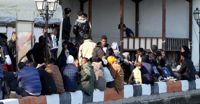 8 insan taciri tutuklandı
