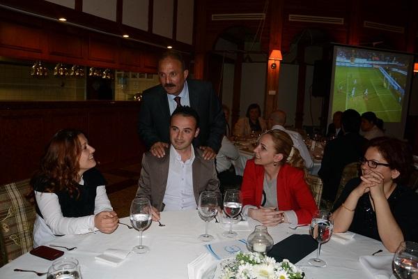 Saatcı meclis adaylarıyla yemekte buluştu