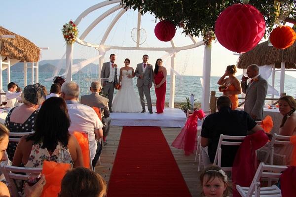 Fethiye'de yapılan yabancı düğünlerinde düşüş oldu