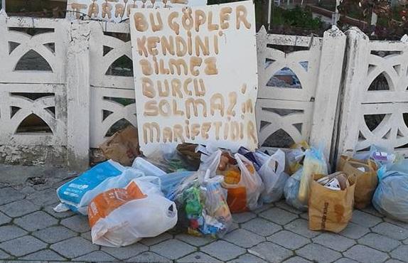 Çöpleri sokağa atan kişiye öyle bir ders verdi ki