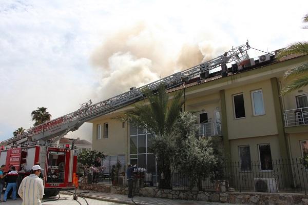 Diyaliz Merkezi'nde çıkan yangın korkuttu