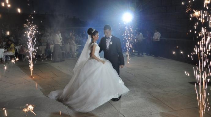 Düğün salonu ızdırabı bitti, artık okullarda düğün yapılabilecek