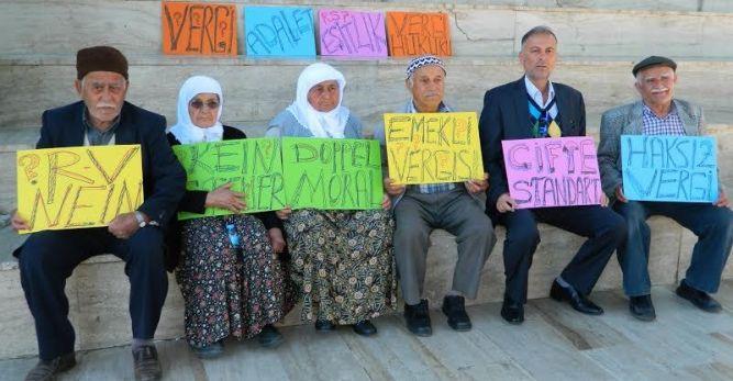 Emekli Türkler: Almanlar tarafından kandırıldık