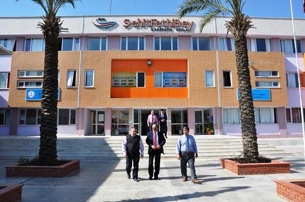 Saatcı'dan Şehit Fethi Bey Okuluna ziyaret