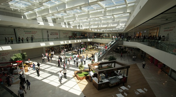 Erasta Alışveriş ve Yaşam Merkezi açıldı