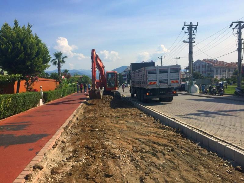 Fethiye Belediyesi 4 koldan çalışıyor