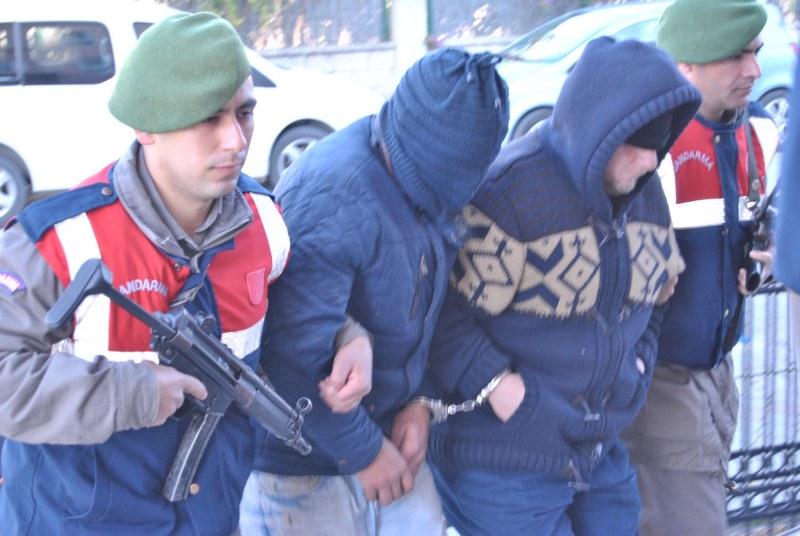 Fethiye'de göçmen kaçakçılığına karışan 9 kişi tutuklandı