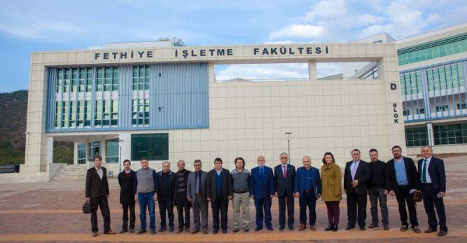 Güç Birliği Fethiye İşletme Fakültesi'nde toplandı