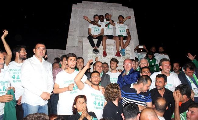 Muğlaspor Şampiyonluğunu Kutladı