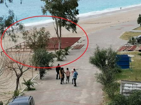 Plajın Üzerine Yapılan Platformu Yetkililer Neden Görmüyor?