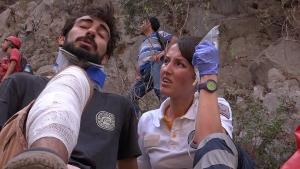 Kayalıklardan Düşen Genç 12 Saatte Kurtarıldı
