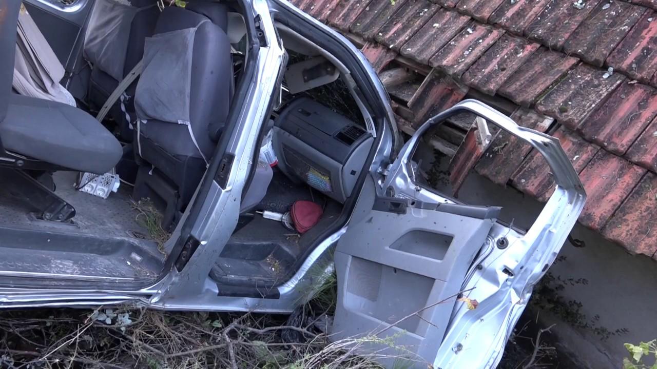 El Freni Çekilmeyen Araç Aşıklar Tepesinden Uçuruma Düştü