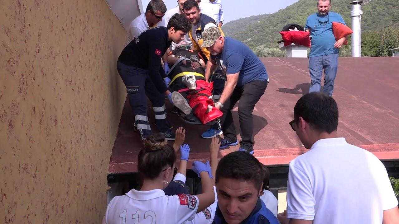 Dama Düşen Paraşütçü Yaralandı