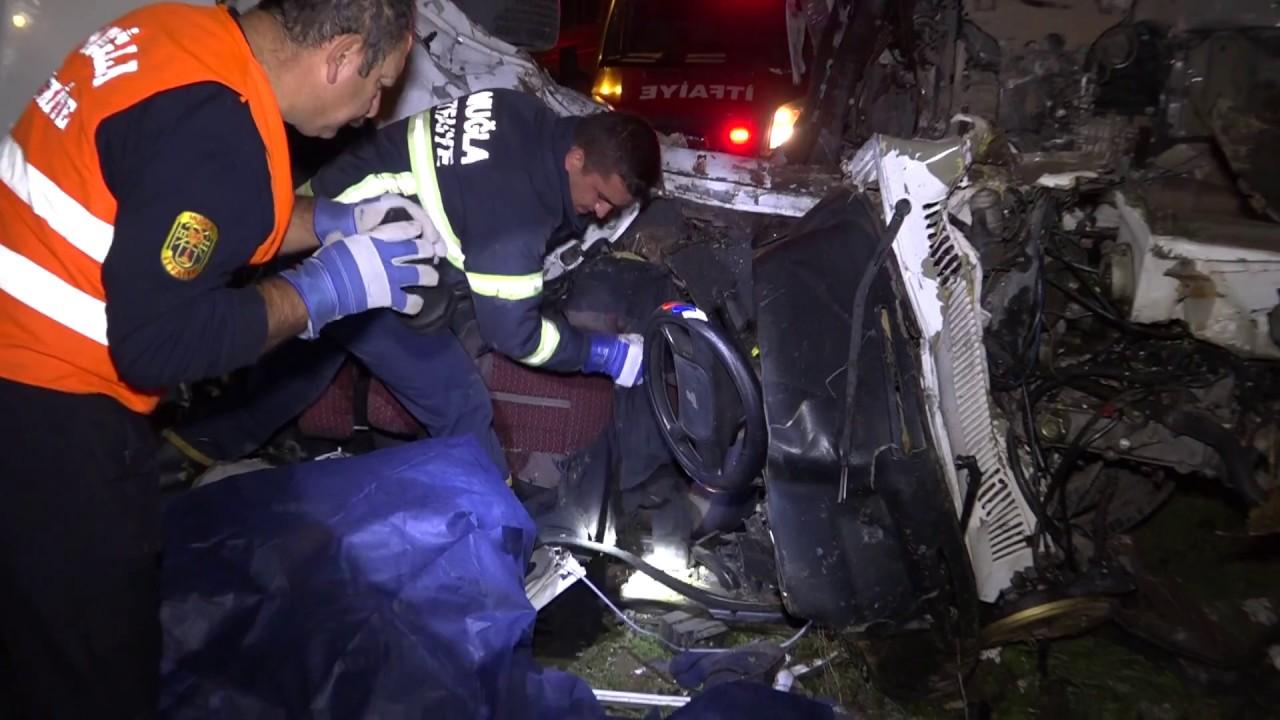 feci kaza Kamyon ile Otomobil Çarpıştı 2 kişi öldü 1 yaralı